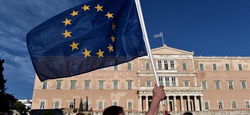 Már hajnalban összeült a görög parlament