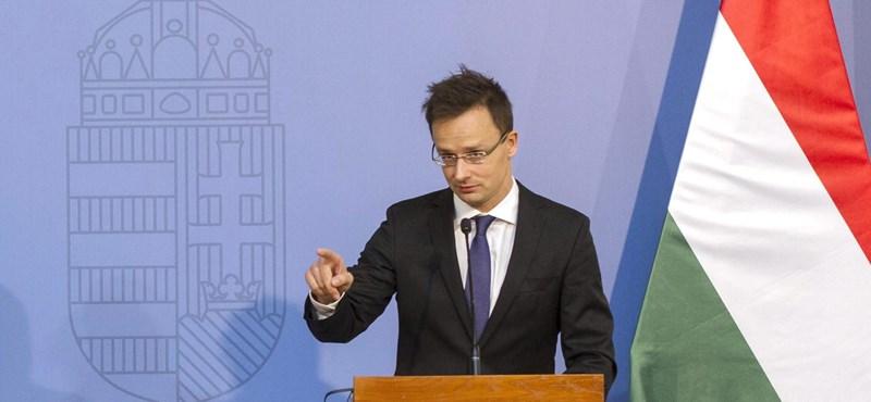 Szijjártó: Magyarország jól teljesít a NATO-ban