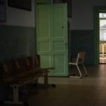 Buszbaleset: jó hír jött a Honvédkórházból