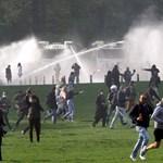 Vízágyúkkal oszlatták fel a járványügyi korlátozások ellen tüntetőket Brüsszelben