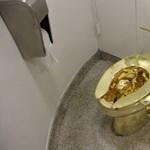 Az arisztokrácia diszkrét bája: arany-WC-n székelhetnek Winston Churchill egykori kastélyában