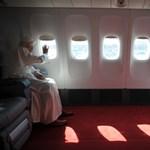 700 év után először mondott le pápa - XVI. Benedek pályafutása - Nagyítás-fotógaléria
