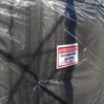 Fekete kordonok mögött épül a Ligetben az ország legkorszerűbbnek ígért játszótere