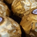 32 millió forint értékben loptak csokit