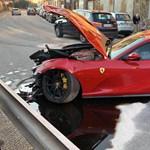 Nem volt jó ötlet az autómosóra bízni a Ferrari 812 Superfastot