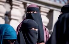 Megszavazták Svájcban, hogy ne lehessen arcot eltakaró ruhadarabot viselni