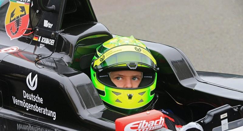 Schumacher fia tesztpilóta lehet a Ferrarinál