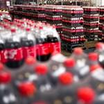 Kiderült a kólagyárban, miért más a dobozos és a mozis Coke íze