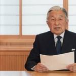 Távozott a trónról a japán császár