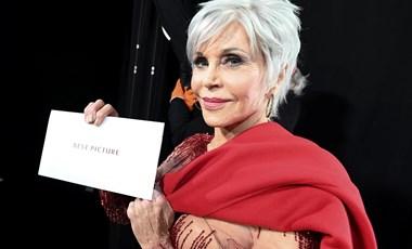 Jane Fonda hajában volt valami szokatlan