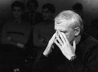 Babis kormányfő visszaadná Milan Kunderának a cseh állampolgárságot