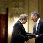 Bayer lovagkeresztje miatt a Raoul Wallenberg Egyesület is tiltakozik