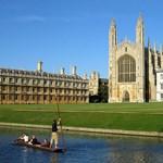 Félbe kellett szakítani az Oxford és a Cambridge versenyét