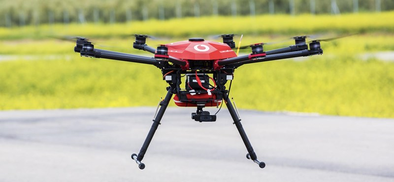 Életmentő drónokat küldene a levegőbe a Vodafone