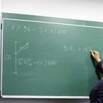 Vicces pillanatok a tanárok életéből: feleltetés és dolgozatjavítás