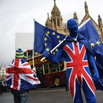 Brexit-patt: egy évvel meghosszabbítanák az átmeneti időszakot