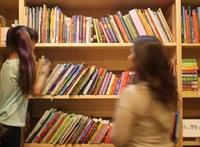 Több mint 45 ezer könyvet osztanak szét szegény gyerekek között
