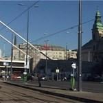 Az Erzsébet-híd szexepilje: eltolták-e a helyéről a Plébániatemplomot? - videó