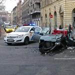 Két autó karambolozott súlyosan a IX. kerületben