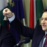 """""""Sorosista szervezetre"""" hivatkozva védi a Fidesz az ukrajnai magyarokat"""