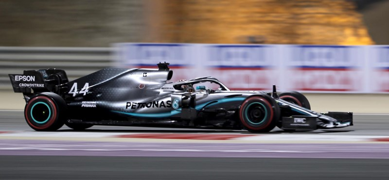 Hamilton nyerte a harmadik szabadedzést Barcelonában