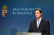 Kormányinfó: Törvénytelen volt a Kossuth téri tüntetés