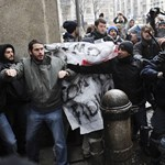 Póttandíj bevezetése ellen tüntettek a holland egyetemisták