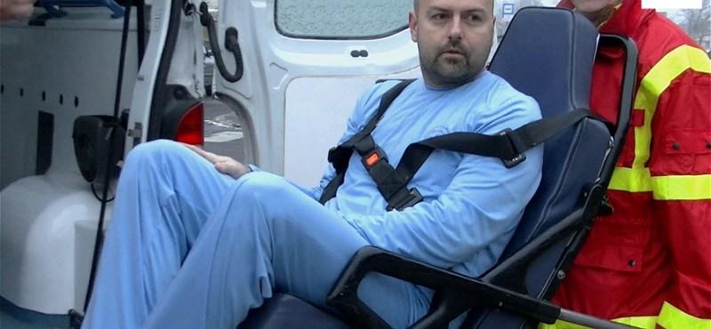 Hullazsák lett a pizsamából a holttestről elhíresült kórháznál - videó