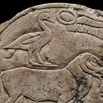 Marcus Aurelius mellszobrára bukkantak Felső-Egyiptomban – fotók