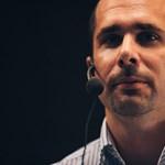 Online élünk – de milyen áron? Élő beszélgetés Szondy Mátéval