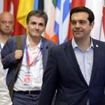 Az Európai Bizottság újabb mankót tolna Görögország hóna alá