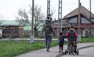 Borsod egyik legrosszabb hírű telepén mutatták meg, hogyan lehet esélyt adni a mélyszegénységben élő gyerekeknek