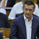 Alkotmányba betonozná a rezsicsökkentést a Fidesz
