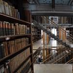Éveken át lopta a könyveket, milliókat sikkasztott el egy vasi könyvtáros