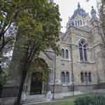 Elkezdték felújítani az ország második legnagyobb zsinagógáját