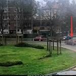Keresik ezt az aranyszínű Fiat Puntót, mert ma balesetet okozott és elhajtott - fotó