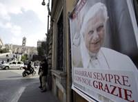 XVI. Benedek: A fanatikus katolikusok még mindig nem hiszik el, hogy nem én vagyok a pápa