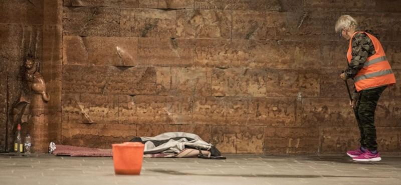 Beer Miklós püspök: Többet kellene tenni hajléktalanügyben