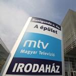 Felsorakozott az MSZP-frakció az MTVA előtt