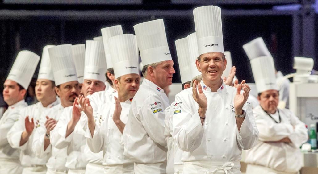 mti.17.01.24. A zsűri a Bocuse d'Or nemzetközi szakácsverseny lyoni világdöntőjén, a SIRHA nemzetközi vendéglátó-, szálloda- és élelmiszeripari kiállításon 2017. január 24-én.