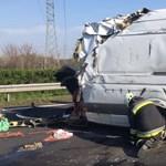 """Reagált a rendőrség az M7-esen döngető """"horrorfurgon"""" hírére"""