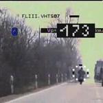 90-es szakaszon 173 km/h-val száguldott Kisbéren ez a motoros