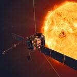 Hazaküldte az első képeket a Napnál járó űrszonda, különleges jelenséget láthattak a tudósok