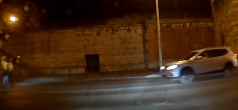 Megszólalt a rendőr, aki elfogta a kilenc piroson áthajtó belvárosi terepjáróst