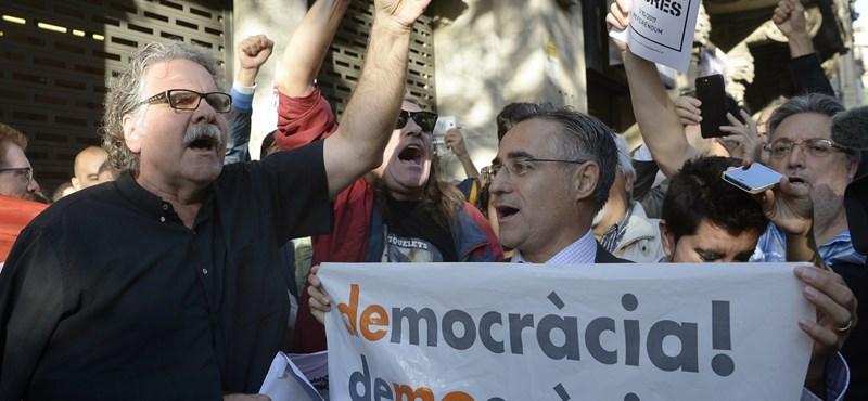 A spanyol kormány ellehetetlenítheti a katalán népszavazást