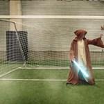 Videó: Amikor Superman hatalmas gólt rúg Obi Wan kapujába
