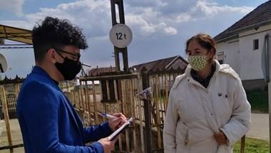 Több ezer embernek segítettek regisztrálni aktivisták a vakcinákra az ország hátrányos helyzetű településein