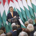 Heti Válasz: Három lépcsőben alakítja át a kormányt Orbán az év végéig