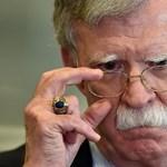 A héják héjájának kirúgása után Trumpnak egyedül kell kitalálnia, mit kezdjen Iránnal