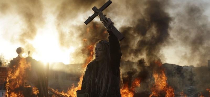 Elhagyja vallását a katolikus Írország